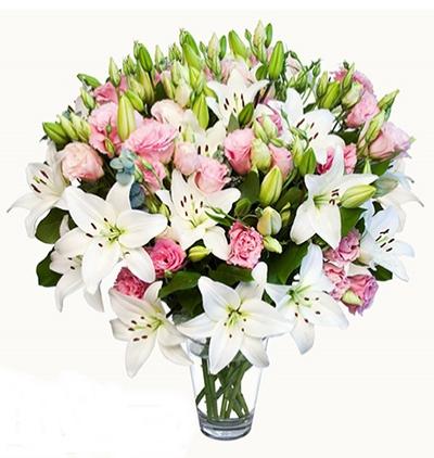 mevsim Çiçekleri buketi Cam Vazoda Lilyum Lisyantus