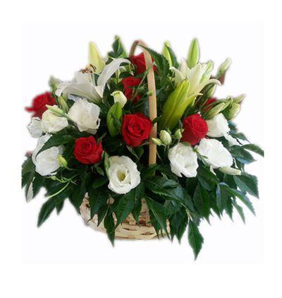 доставка цветов в анталии Букет из роз, лилий и лизиантуса