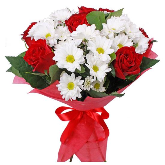 доставка цветов в анталии Букет из роз и хризантем