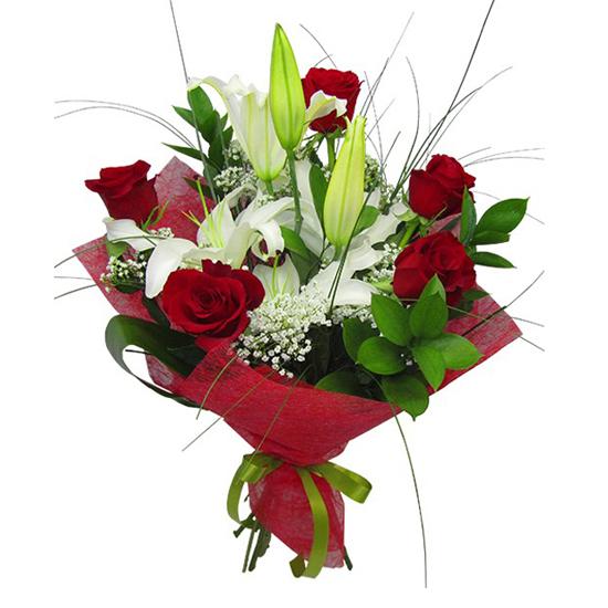 доставка цветов в анталии 5 Роза и лилия Букет